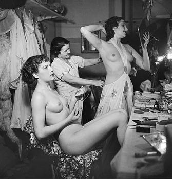 20071231145515-folies-bergere.paris1937.jpg