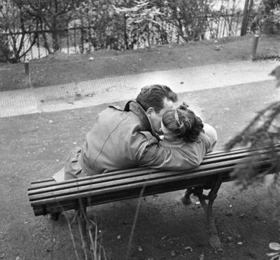 20080513010923-gerald-bloncourt.-paris-1955.jpg