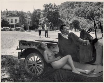 20100119095339-al-fenn.-coche-desnudo-y-verano.jpg