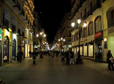 20100502100235-calle-alfonso-night.jpg