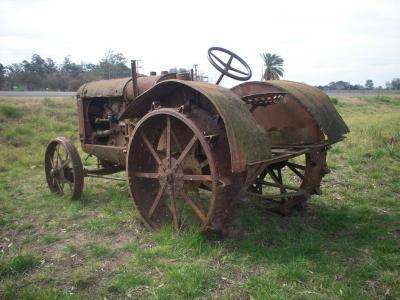 20101024092410-tractor-de-coleccion100-1749.jpg