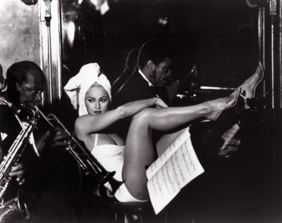 20111111084259-1991-madonna-by-steven-meisel-for-truth-or-dare-promo-04.jpg