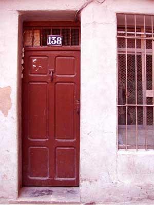20060302181053-calle-las-armas-138-entra.jpg
