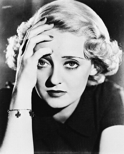 20060824164650-ojosdavis-bette-photo-xl-bette-davis-6229701.jpg