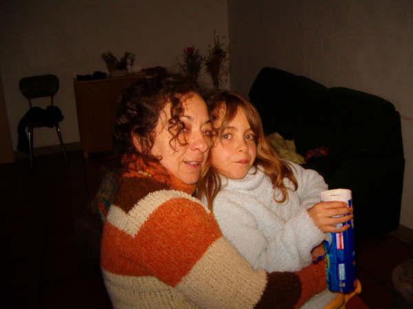20061231222941-mama.jpg