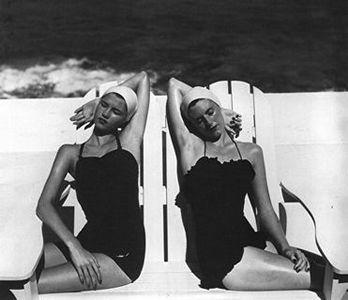 20070625115422-twins-at-the-beach-b.jpg