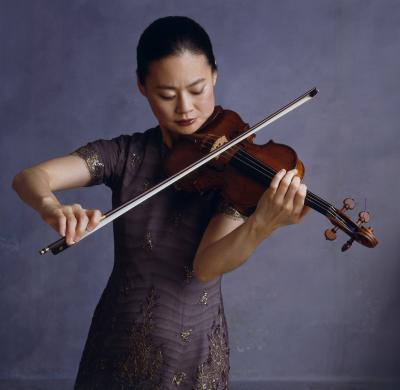 20080313223737-midori-violin2-c-timothygreenfield-sanders2005.jpg