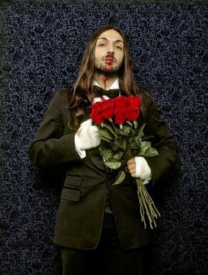 20080409234359-kiss-me-1-...-kill-me.jpg