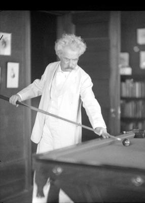 20081114114530-escritorestwainbilliards.jpg