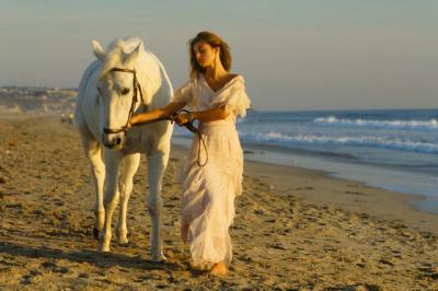 20081202172018-el-sol-de-la-tarde-para-nasstaja-a-caballo.jpg