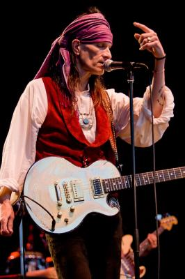 20090807221119-willy-deville-willydeville.jpg