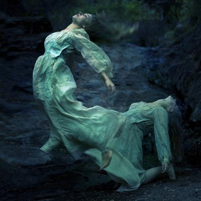 20100114105550-brooke-shaden.jpg