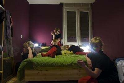 20100204181619-alomas-bedroom.jpg