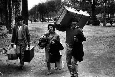 20100327112912-miserachs.-inmigrantes.jpg