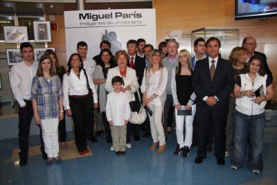 20100421104950-familia-20de-20miguel-20par-c3-ads.jpg