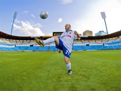 20100430105453-anton-castro-futbolista.jpg