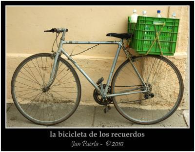 20100822023219-bici-lechero.jpg