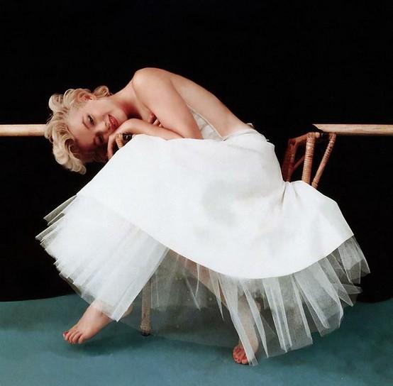20121121092208-marilyn-maravillosa-por-milton.jpg